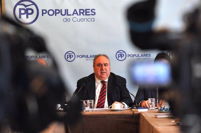 Pp Clm (Fotografías): Vicente Tirado Ofrece Un Desayuno Informativo En Cuenca 21