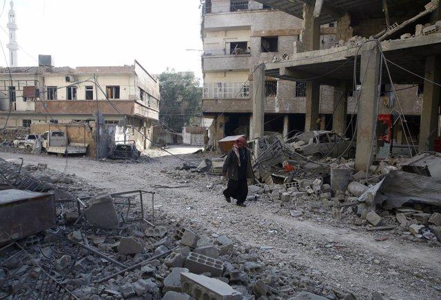 Edificios destruidos por los combates en Hamouriyeh