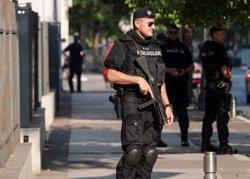 Un home llança un artefacte explosiu contra l'Ambaixada dels EUA a Montenegro (Reuters)