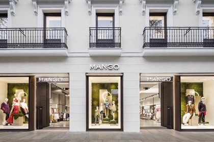 Mango abre mañana su 'megastore' de Preciados (Madrid) que contará con probadores digitales y pago sin pasar por caja