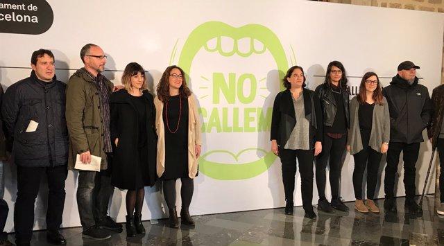 Laura Péres y Ada Colau presentan el protocolo 'No callemos'
