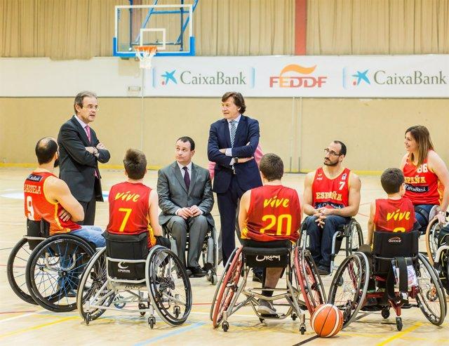 Acto acuerdo CaixaBank - FEDDF con Jordi Gual, presidente de CaixaBank