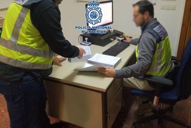 Policía Nacional Detiene A Un Hombre Por Presuntamente Manipular Cuentakilómetro