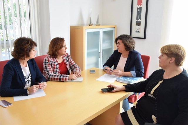Miembros del PSOE de Málaga sobre la brecha salarial