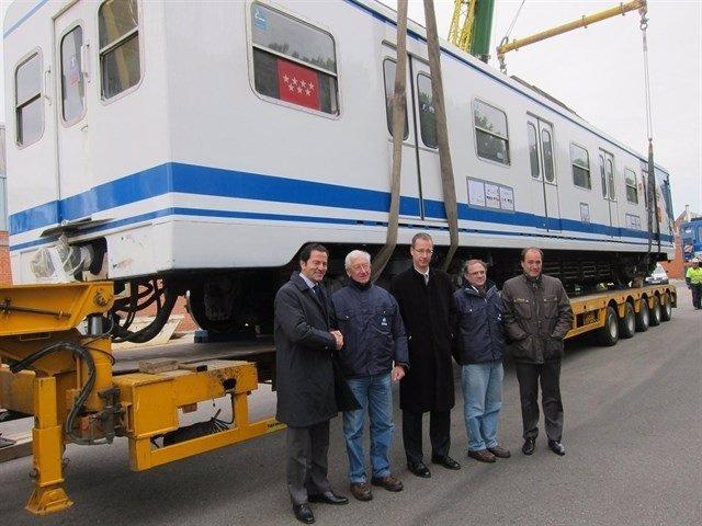 Imagen de uno de los trenes del modelo 5000 vendidos a suburbano de Buenos Aires