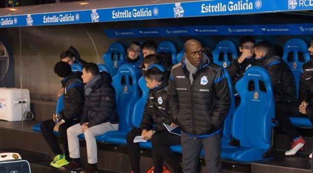 Clarence Seedorf al banquillo del Deportivo