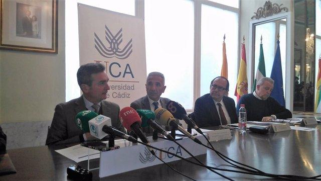 El consejero de Cultura, Miguel Ángel Vázquez, en un acto en la UCA