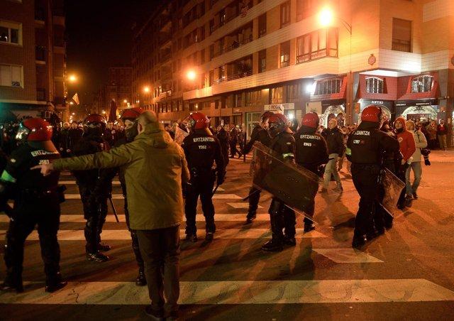 Enfrentamientos entre ultras de  Athletic Club y el Spartak en Bilbao