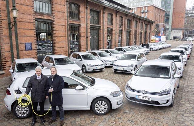 Volkswagen entrega 50 unidades del modelo e-Golf en Hamburgo