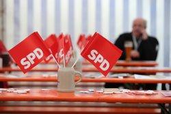 El vot dels militants de l'SPD sobre la coalició amb Merkel ja és vinculant (KARL-JOSEF HILDENBRAND/DPA)