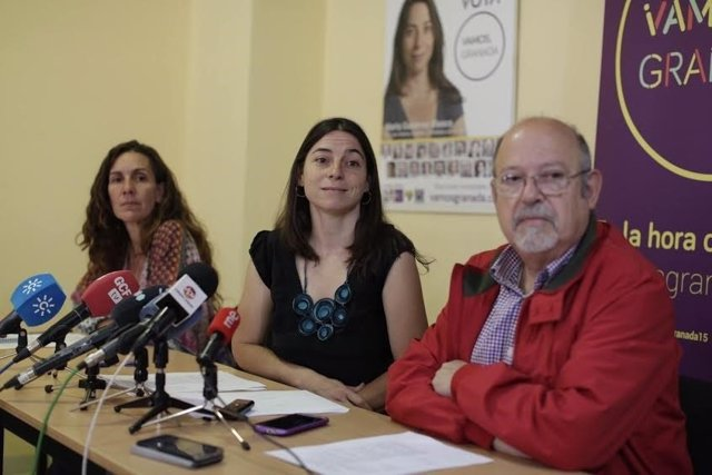 Pilar Rivas, Marta Gutiérrez y Luis de Haro-Rossi.