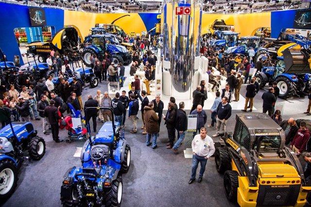 El modelo New Holland T7.225 AC gana el premio 'Tractor de España 2018'.
