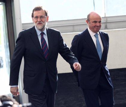 """Rajoy no concreta cuándo dimitirá Guindos y dice que su sucesor precisa de """"capacidad de trabajo e ilusión"""""""