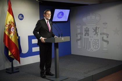 """Rajoy pide """"no hacer política"""" de las pensiones cuando """"no hay recursos"""" para subirlas"""