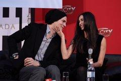 Ashton Kutcher habla de su 'retiro espiritual' tras divorciarse de Demi Moore
