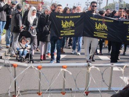 """Exigen protección para los refugiados que llegan a Europa """"huyendo de la muerte"""""""