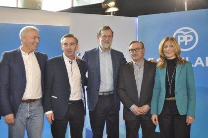 """Rajoy: Los populares deben estar """"orgullosos de haber salvado el Estado del Bienestar"""""""