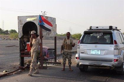 Al menos 14 muertos en un doble atentado contra la sede de una unidad antiterrorista en Adén, Yemen
