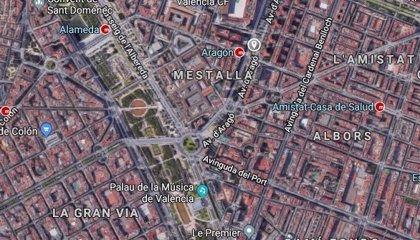 Detenido por romperle la nariz a un joven que le recriminó un accidente en la avenida de Aragón de València