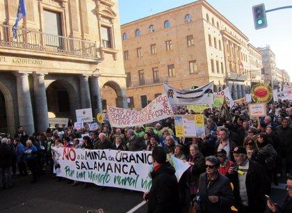 Más de un millar de personas clama contra la mina de uranio en Retortillo (Salamanca)