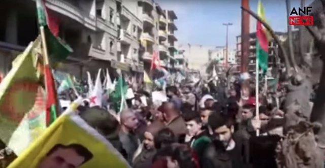 Manifestación en Afrin