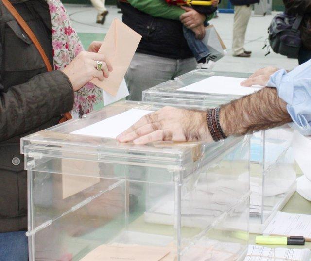 VOTO , VOTACIONES ,  URNAS , ELECCIONES