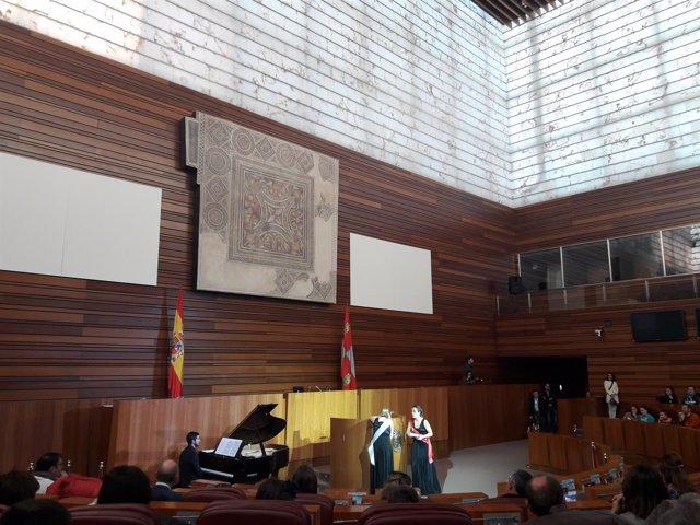 Valladolid.- Visita teatralizada a las Cortes