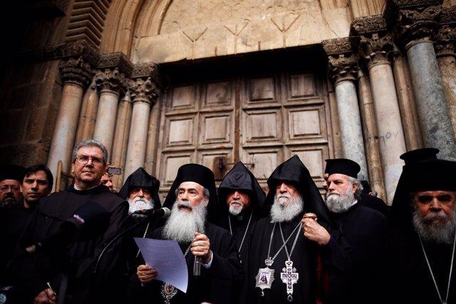 Cierre de la Basílica del Santo Sepulcro