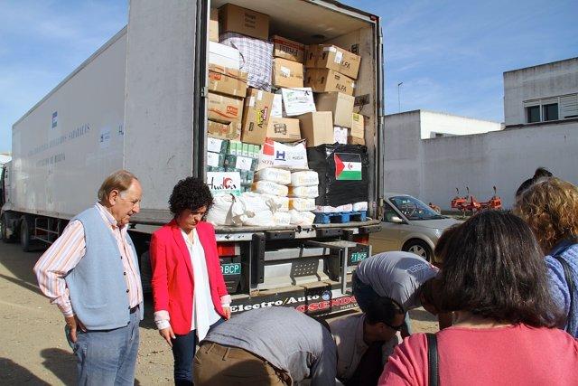 Camión con ayuda para el Sáhara.