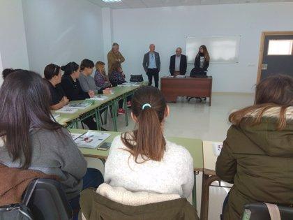 La Diputación de Badajoz pone en marcha en Torremayor una acción formtiva para atención a personas dependientes