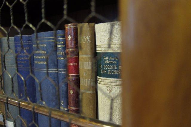 Libros en la RAE