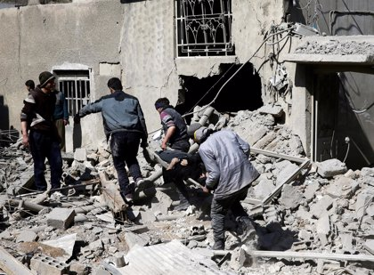 Al menos 16 civiles muertos en Ghuta Oriental por ataques del régimen, según los Cascos Blancos