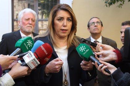 """Susana Díaz valora la confianza en el PSOE-A y espera que el """"derrumbe"""" del PP-A no impida acuerdo en financiación"""