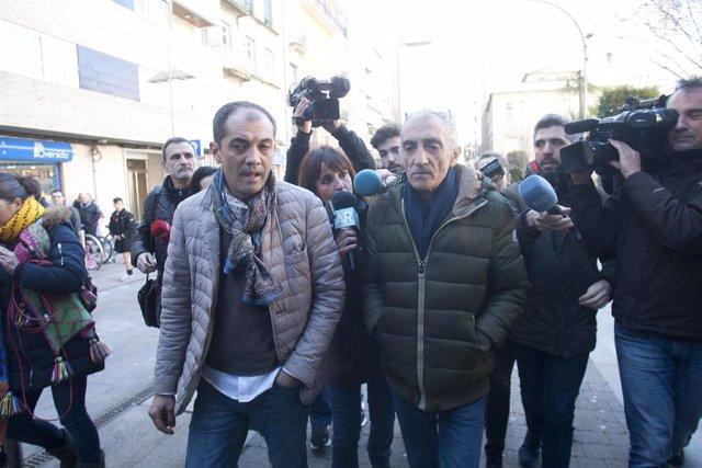 Julio Araújo, a la derecha, investigado por la desaparición de Sonia Iglesias