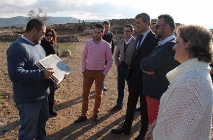 Excavaciones de 'Los Hitos' en Orgaz sacan a la luz un edificio de 14 metros y una iglesia privada