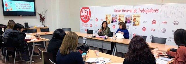 Cristina Antoñanzas, de UGT, en rueda de prensa