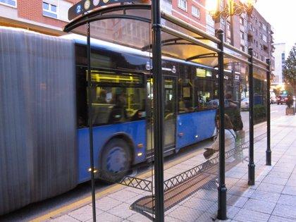 Piden 9 años de prisión para un hombre por abusar sexualmente de mujeres en el autobús urbano de Oviedo
