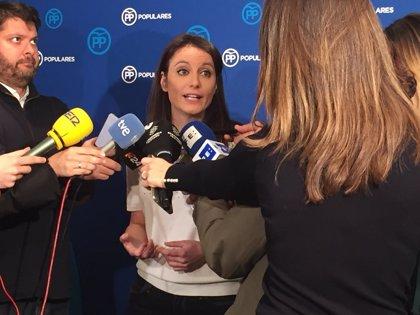 """Levy critica la """"deslealtad"""" de Colau y Torrent y anuncia que el PP defenderá en el Congreso el Mobile World Congress"""
