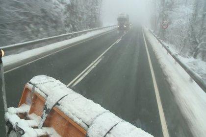 Fomento prepara 745 quitanieves para afrontar las nevadas en Asturias, Aragón, Cantabria, Valencia, Galicia y Madrid
