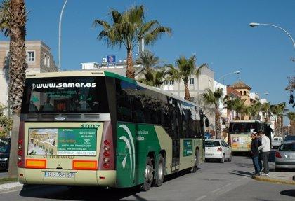 El alcalde de Los Palacios exige a la Junta que adjudique el contrato de la línea de autobuses hasta Sevilla