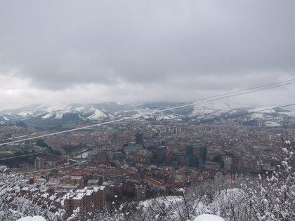 Ayuntamiento de Bilbao activa un operativo especial de nevadas ante la alerta naranja por nieve