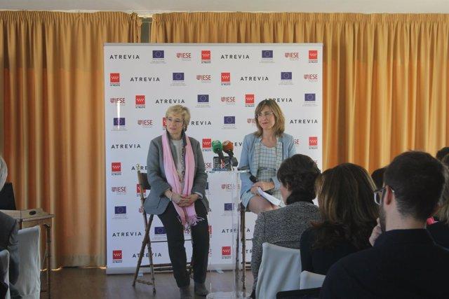 La presidenta de ATREVIA, Núria Vilanova, y profesora del IESE Nuria Chinchilla