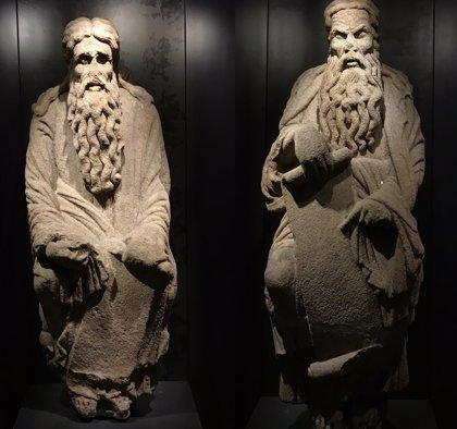 Las esculturas del Pórtico inician su retorno a manos de los Franco