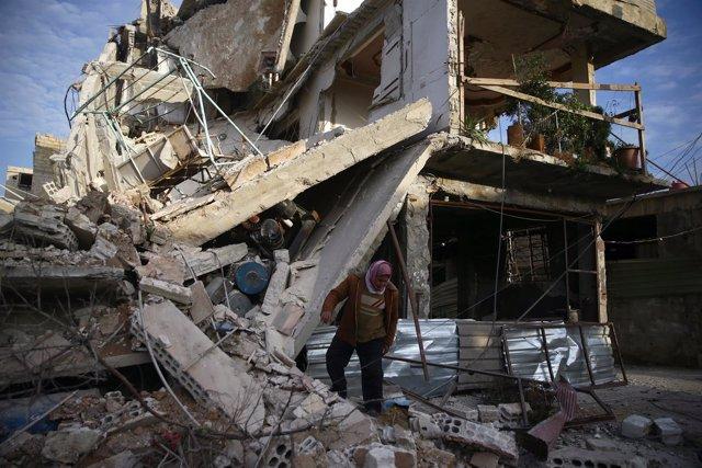 Edificio destruido por los combates en Duma, Ghuta Oriental