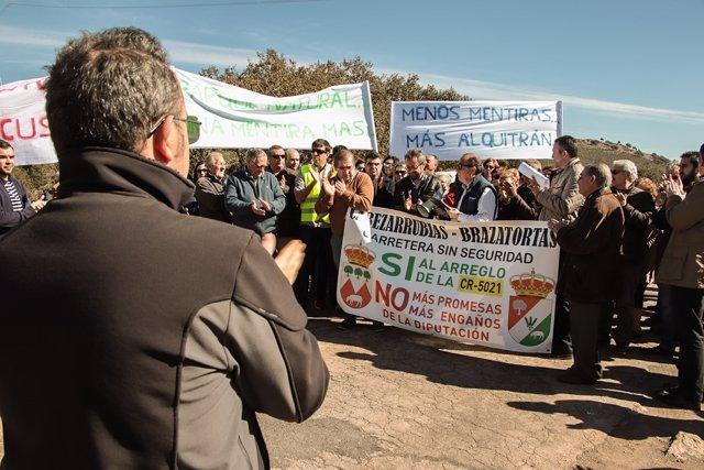 Manifestación Brazatortas por la CR-5021