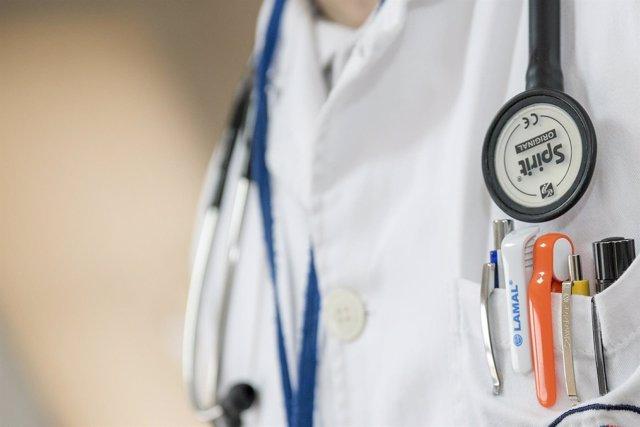 Médico, fonendo, medicina, salud, hospital, doctor