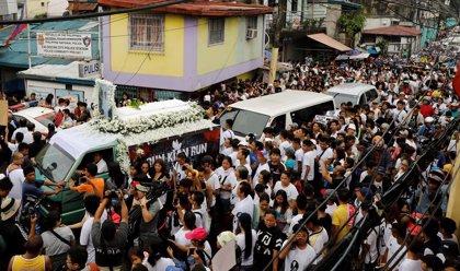 """Filipinas apoya que la ONU investigue su 'guerra contra las drogas' si envía a un responsable """"creíble"""""""