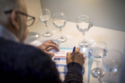 Global Omnium organiza catas de agua para fomentar el conocimiento de la calidad del agua de grifo