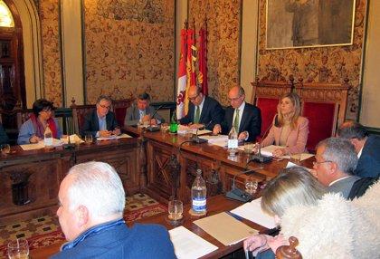 """Diputación de Salamanca pide """"medidas"""" a Sacyl para reducir las """"intolerables"""" listas de espera en la provincia"""