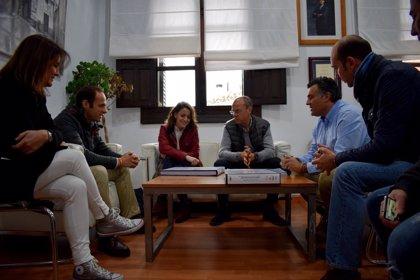 """Monago valora la inversión estatal en Extremadura y asegura que la legislatura de Vara """"pasa sin pena ni gloria"""""""